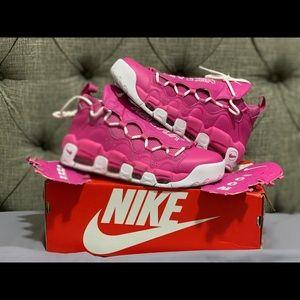 "Nike Air Money Breast Cancer ""sneaker room"""